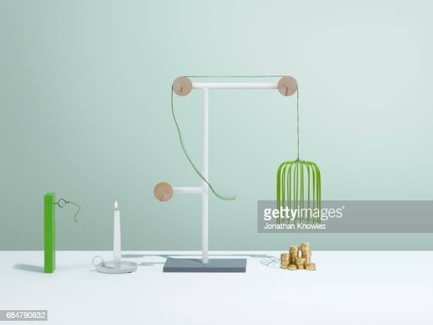 complex simplicity - cage stock pictures, royalty-free photos & images