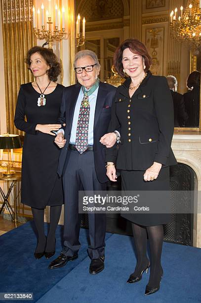 Composer and pianist Lalo Schifrin pose with his wife Donna and French Minister of Culture and Communication Audrey Azoulay after being decorated the...