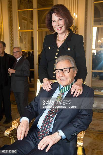 Composer and pianist Lalo Schifrin poses with his wife Donna after being decorated the Medal of Commander of Arts and Letters at Ministere de la...