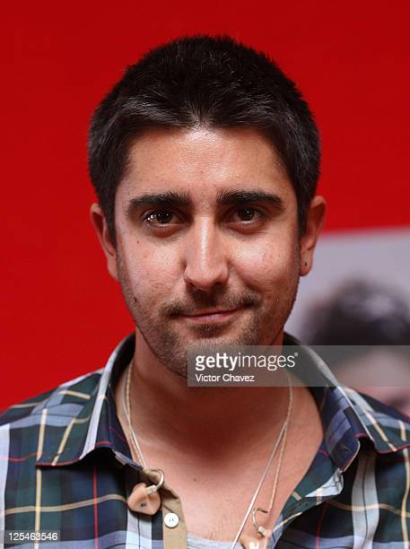 Composer and singer Alex Ubago attends a press conference during the promotion of the album launch 'Alex Jorge and Lena' at Hotel Presidente...