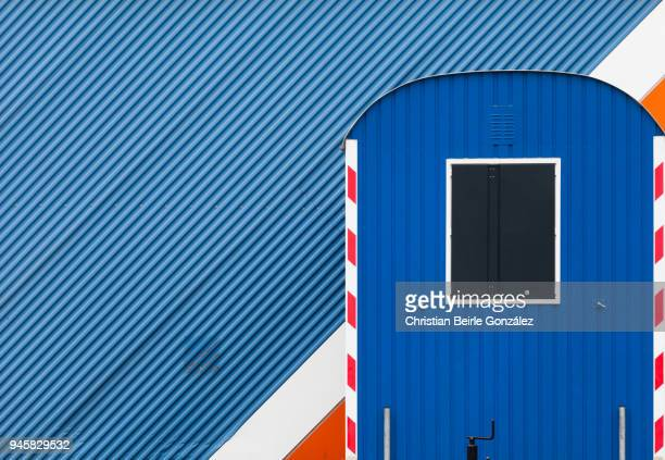 composition in blue with diagonal and vertical lines - christian beirle stockfoto's en -beelden