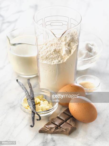 Composition with ingredients for pastries