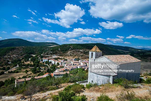 comps-sur-artuby valley in provence france - comps stock photos and pictures