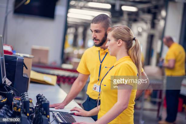 Computer checking in warehouse