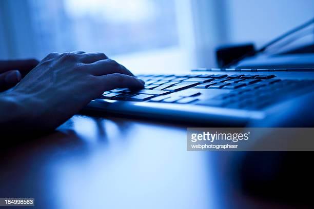 Computer-Tastatur in Blau