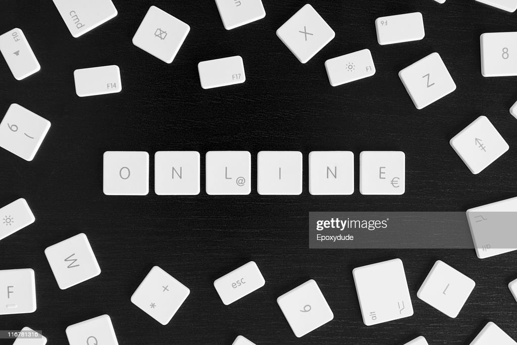 Computer keys spelling the word ONLINE : Stock Photo