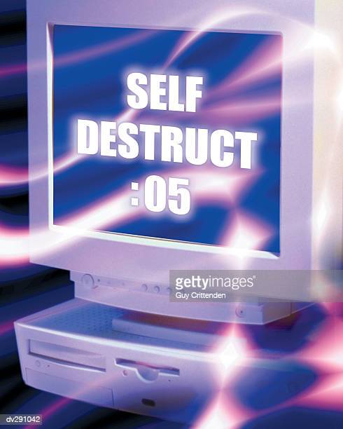Computer monitor showing Self destruct :05 message