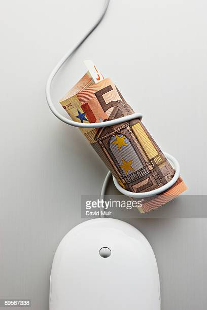 computer mouse and 50 Euro bill