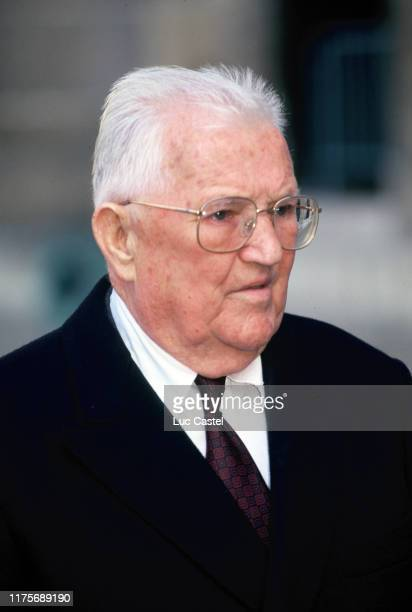 Comte Leon great grandson of emperor Napoleon attend the mass given in memory of the emperor Napoleon at Les Invalides on may 05 1993 in Paris France