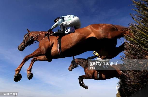Conceal ridden by jockey Nico de Boinville in the Sky Sports Racing HD Virgin 535 Handicap Hurdle at Southwell Racecourse on March 22, 2021 in...