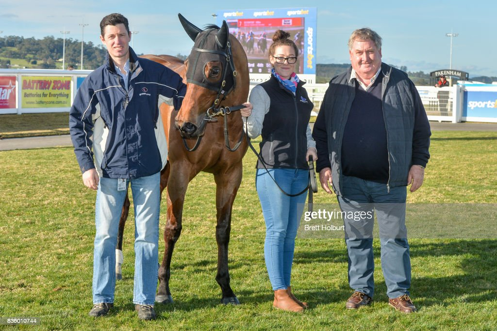 Concections of Weekend Escape after winning Dasame Investments BM64 Handicap at Racing.com Park Synthetic Racecourse on August 20, 2017 in Pakenham, Australia.