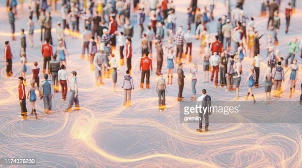 concept des foules de personnes et de la communication - focus concept photos et images de collection