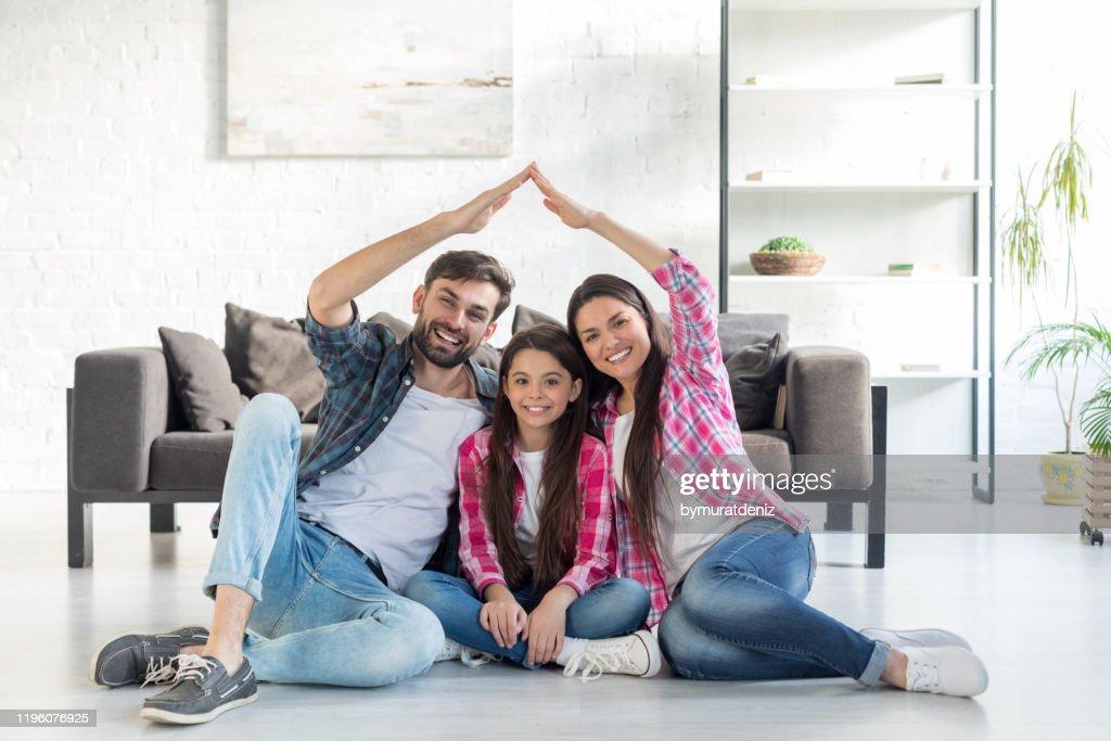 Concept van huisvesting voor familie : Stockfoto