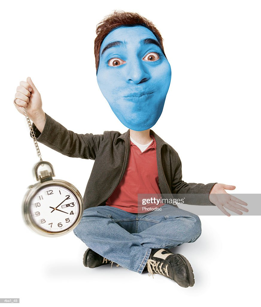conceptual caricature of a caucasian man he holds his breath and turns blue while holding a clock : Stockfoto
