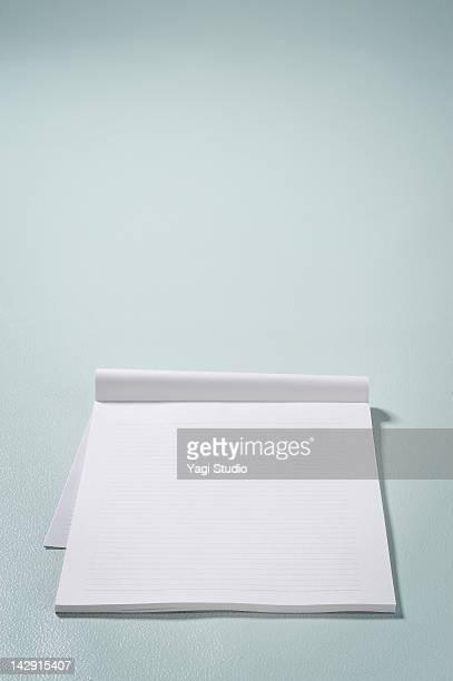 Conceptual  visual words