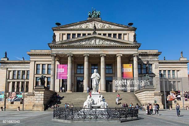 concert hall (konzerthaus), gendarmenmarkt, berlin, germany - konzerthaus berlin stock pictures, royalty-free photos & images