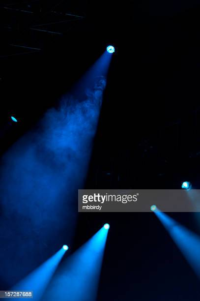 concert lightshow - modern rock stock pictures, royalty-free photos & images