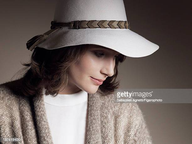 Concert pianist Helene Grimaud is photographed for Madame Figaro on November 17 2011 in Paris France PUBLISHED IMAGE Figaro ID 102397005 Sweater by...