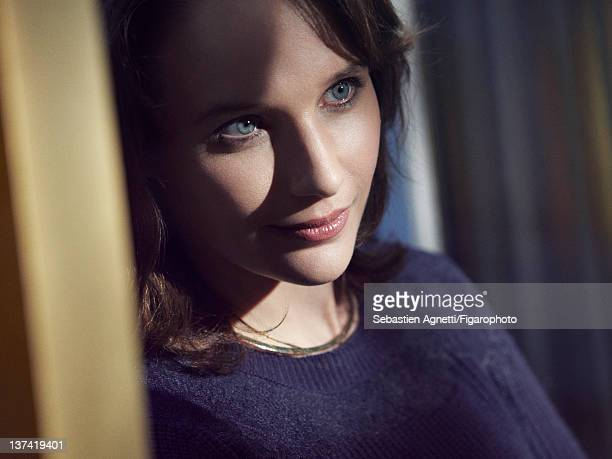 Concert pianist Helene Grimaud is photographed for Madame Figaro on November 17 2011 in Paris France PUBLISHED IMAGE Figaro ID 102397006 Sweater by...