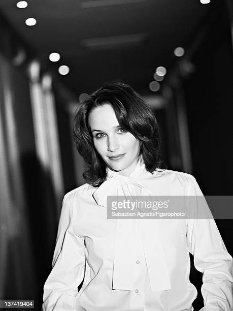 Concert pianist Helene Grimaud is photographed for Madame Figaro on November 17 2011 in Paris France PUBLISHED IMAGE Figaro ID 102397007 Shirt by...