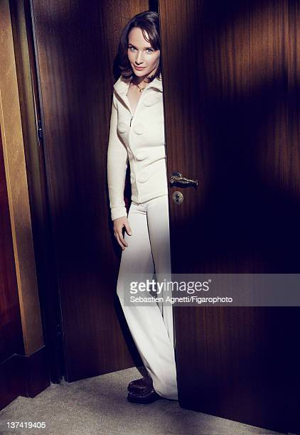 Concert pianist Helene Grimaud is photographed for Madame Figaro on November 17 2011 in Paris France PUBLISHED IMAGE Figaro ID 102397008 Top by Les...