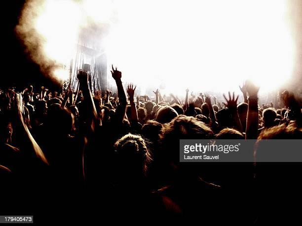 concert, terres du son festival, monts, france - laurent sauvel photos et images de collection