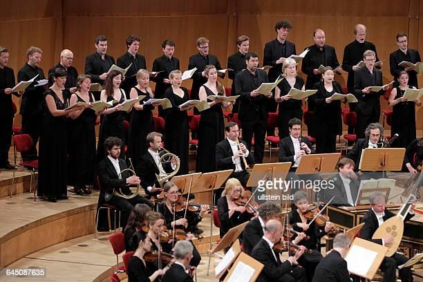Concerto Köln gastiert unter der Leitung des englischen Dirigenten Ivor Bolton * 17 Mai 1958 in Blackrod England in Begleitung des Collegium Vocale...