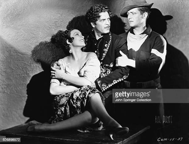 Conchita Montenegro Warner Baxter and Edmund Lowe in The Cisco Kid