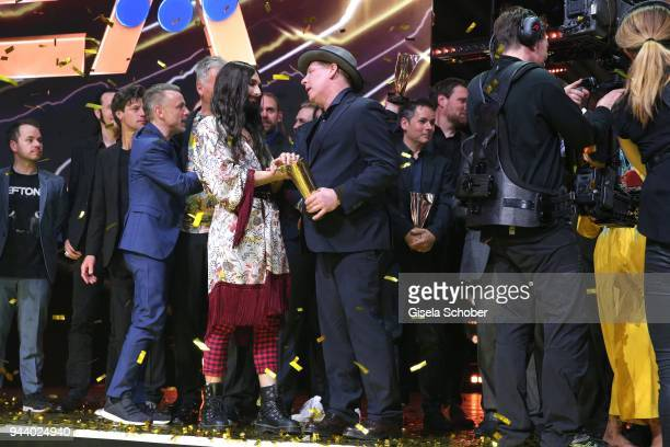 Conchita Wurst and Ben Becker with award during the 13th Live Entertainment Award 2018 at Festhalle Frankfurt on April 9 2018 in Frankfurt am Main...