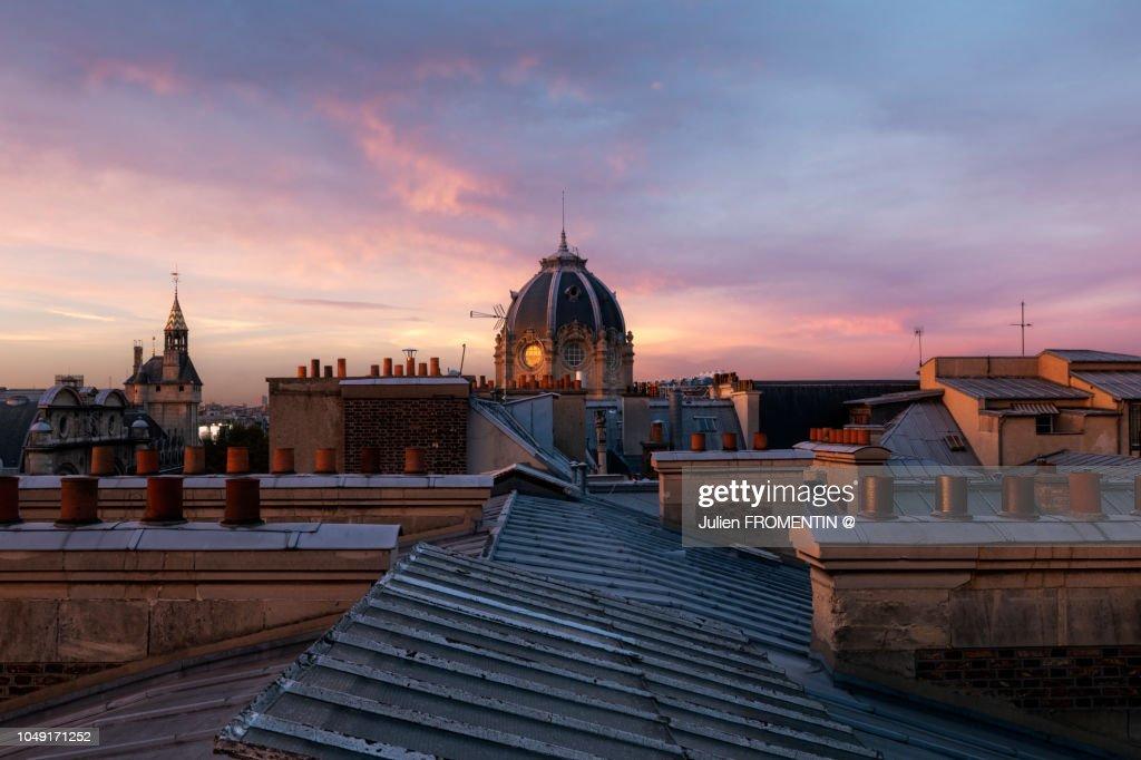 Conciergerie & Tribunal de Commerce, Paris : Foto de stock