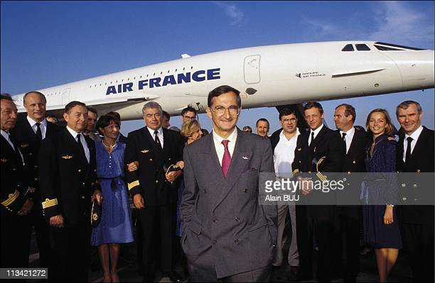 Concorde operated by Air France flies around the world in a record time of 32 hours and 49 minutes On October 13th 1992