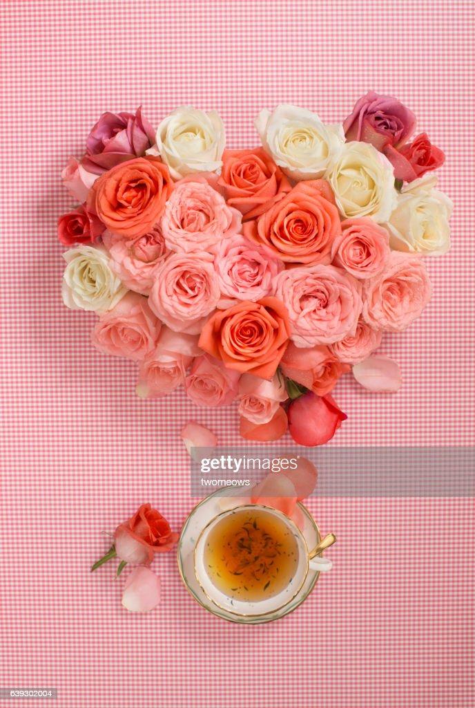 Concpetual flower tea image. : ストックフォト