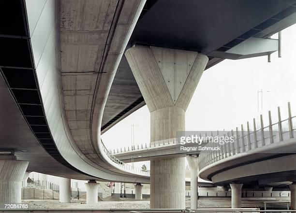 concrete overpass - prop stock pictures, royalty-free photos & images