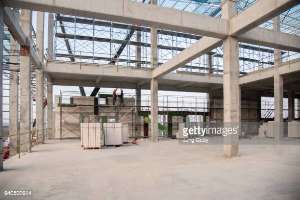 concrete structure beam column slab epoxy floor - construction site stock pictures, royalty-free photos & images