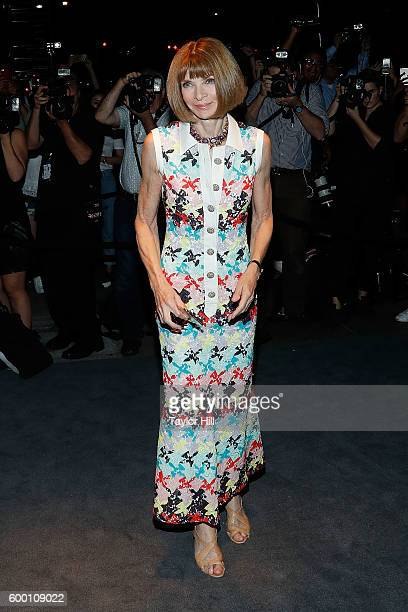 Conde Nast Artistic Director Anna Wintour attends the Tom Ford Fall 2016 fashion show during New York Fashion Week September 2016 at The Four Seasons...