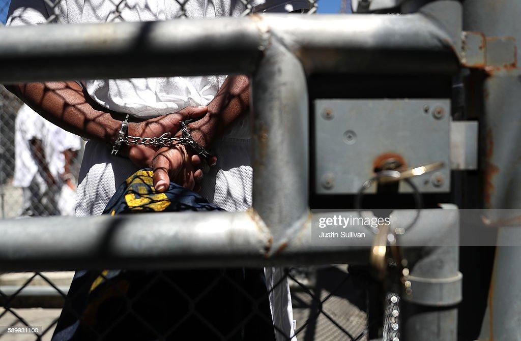 San Quentin State Prison's Death Row : News Photo