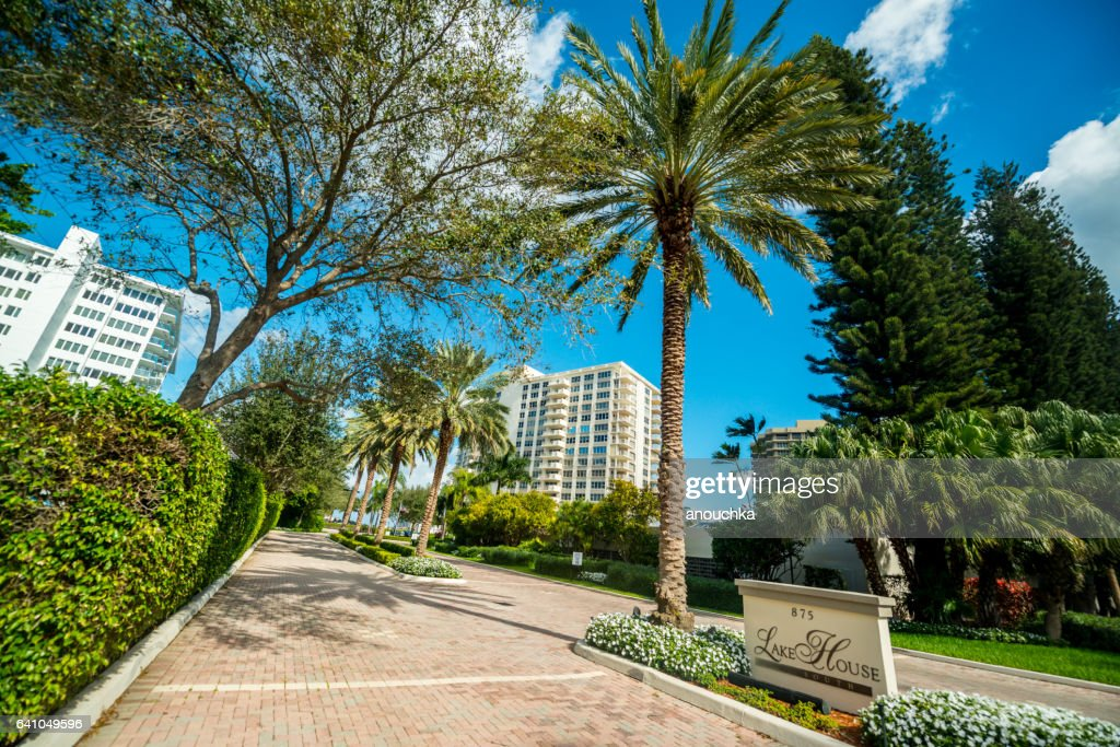 Condominium complex in Boca Raton, Florida : Stock Photo