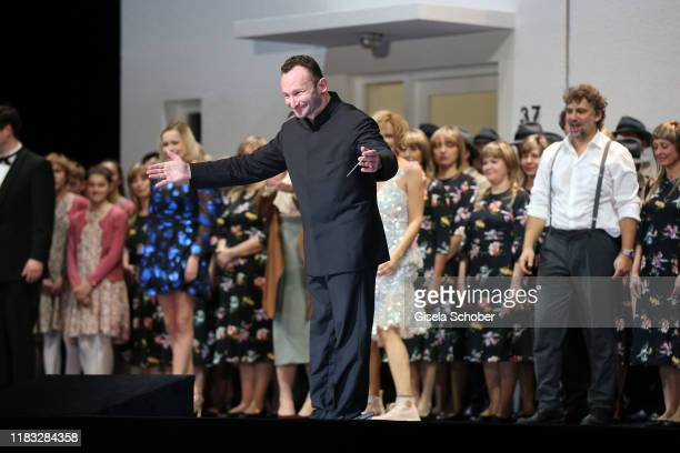 Conductor Kirill Petrenko during the final applause of the opera premiere of Die tote Stadt by Erich Wolfgang Korngold at Bayerische Staatsoper on...