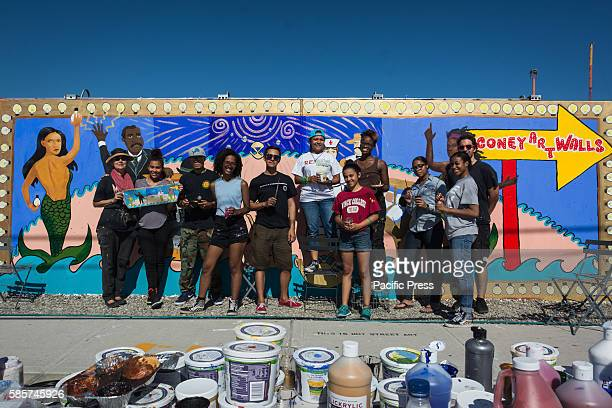 Coney Art Walls Host Student Art Program with Thrive Collective and renowned artist Marie Roberts in Brooklyn New York