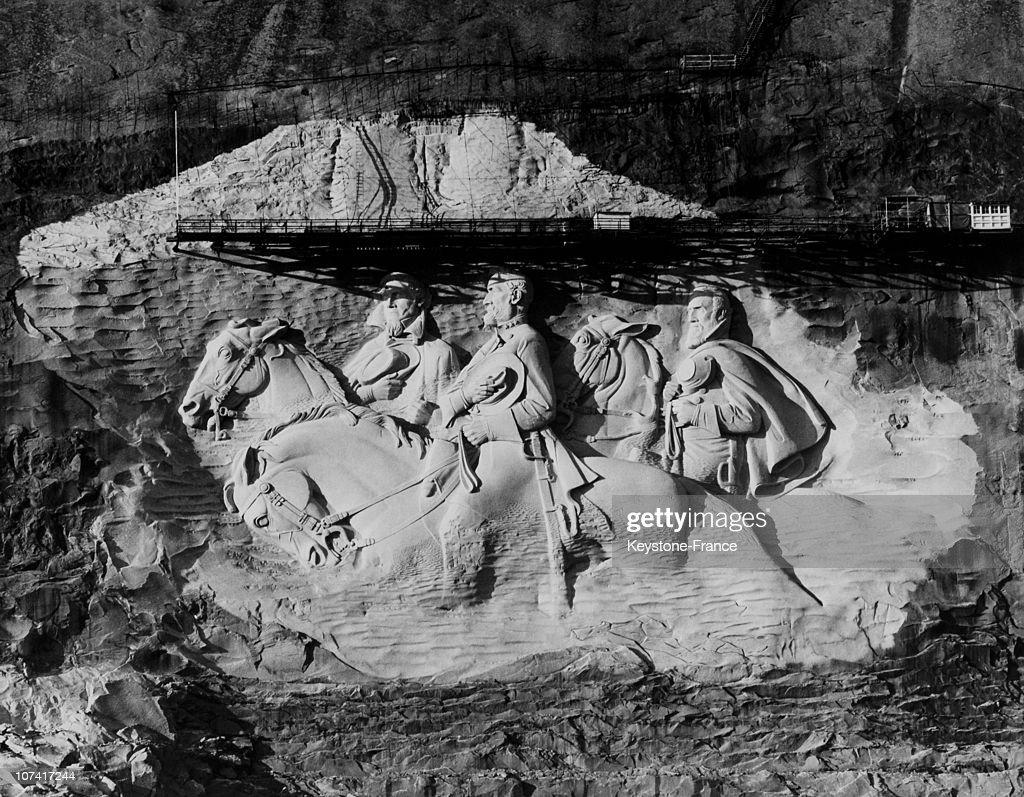 Confederate Memorial Carving In Stone Mountain In Georgia-Usa : News Photo