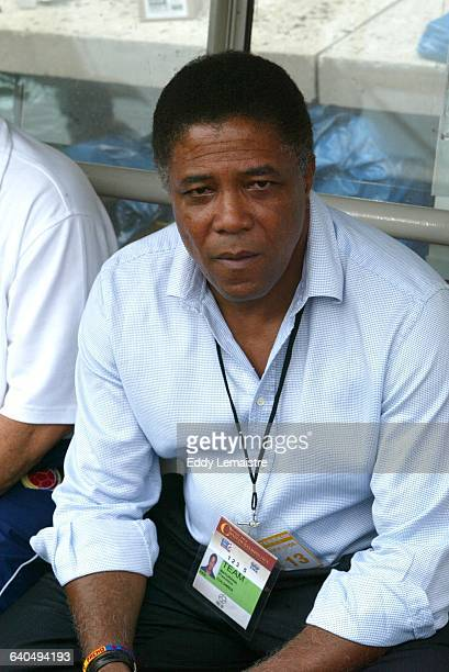 Confederations Cup France 2003 Semi finals Cameroon vs Colombia Francisco Maturana coach