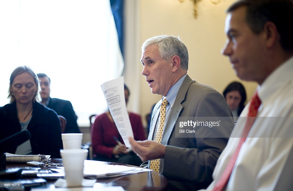 Conference chairman Mike Pence, R-Ind., left, and House Majority Leader John Boehner, R-Ohio, hold a briefing for reporters in the Capitol on Monday, Nov. 2, 2009.