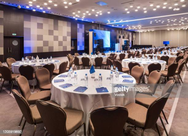 conference room in a luxury hotel in moscow - presskonferens bildbanksfoton och bilder