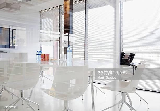 Salle de conférence moderne bureau