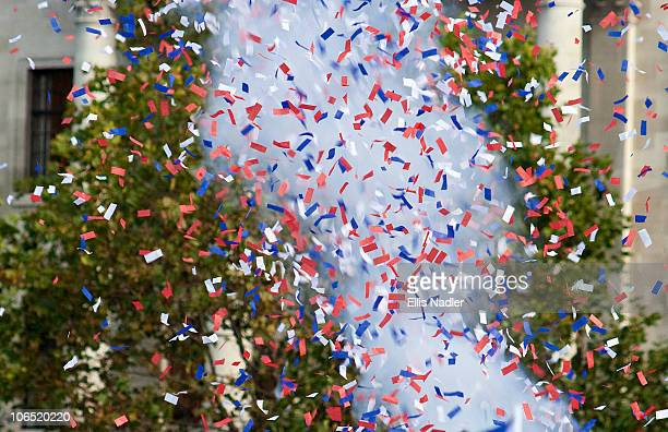 confetti explosion - nadler stockfoto's en -beelden