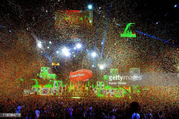 Confetti flies over the stage at Nickelodeon's 2019 Kids' Choice Awards at Galen Center on March 23 2019 in Los Angeles California