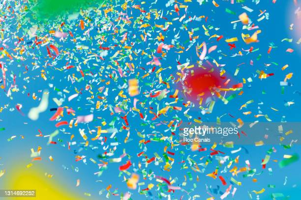 confetti - winning stock pictures, royalty-free photos & images