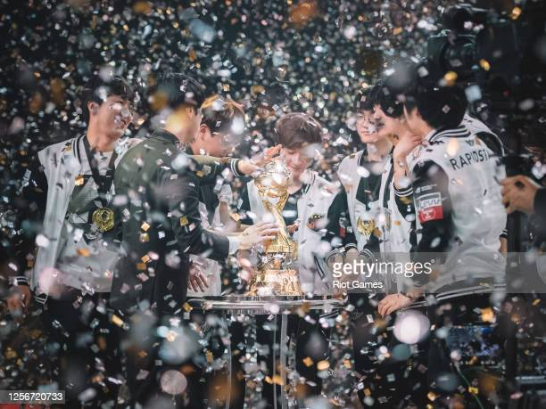 Confetti rains down as SK Telecom T1 reach for their newest trophy at the Mid-Season Invitational on May 21, 2017 at the Jeunesse Arena in Rio de...
