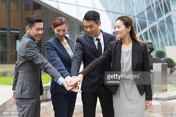 大胆なビジネスチーム