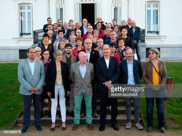 Conflict resolution experts from the International contact group GIC Agus Hernan Zelai Nikolas professor of politics at the university of TelAviv...